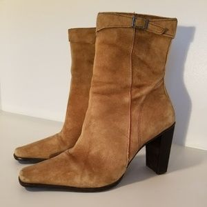 Nine West suede ankle boots Size 5.5